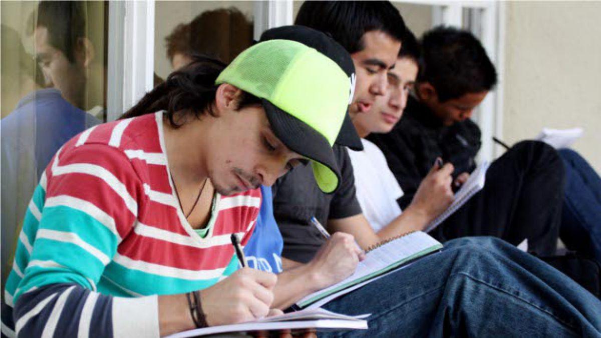 mgr_630_universitarios_1_a_uno